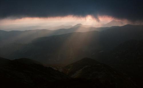 Ranek nad Tatrami Zachodnimi - widok ze Spalonej #góry #masyw #mountain #poranek #ranek #Spalona #Tatry #wschod #Zachodnie
